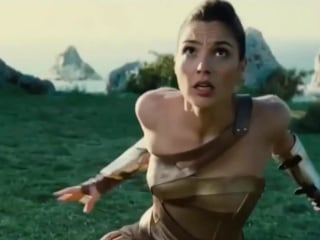 'Wonder Woman' Sets Record, Shatters a Hollywood Glass Ceiling