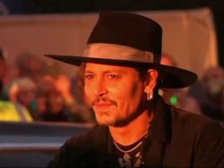 Johnny Depp apologizes for controversial Donald Trump comments