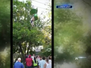 Dramatic Video Shows Teen Girl Hanging for Dear Life on Six Flags Ride