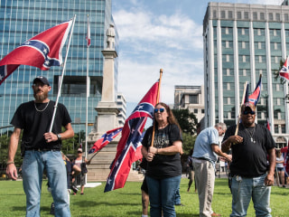 Confederate Flag Flies Again in South Carolina, Temporarily