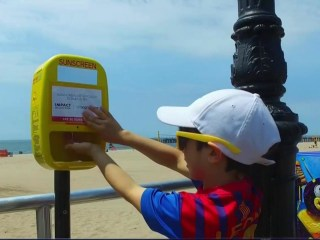 Free Sunscreen Dispensers Pop Up Across U.S.