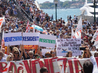 'Houses Not Hotels:' Venetians Angry at Mass Tourism