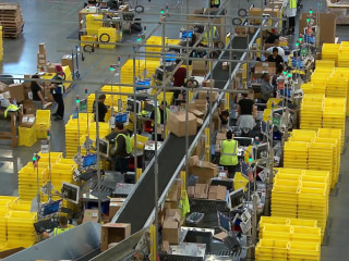 Amazon to host first job fair, looking to fill 50,000 US positions