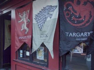 'Game of Thrones' Watch Parties: Where Fans Go to Get Weird