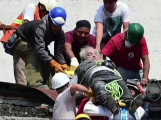 Rescuers Race Against Time After Deadly Mexico Earthquake