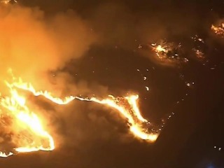 Wildfire Torches Southern California: More Than 1000 Displaced