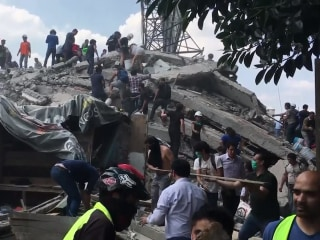 Mexico City earthquake: Death toll is skyrocketing into the hundreds