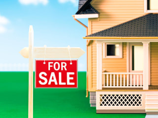 What You Need to Know About Renting Vs. Buying a House