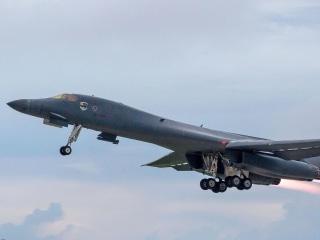 U.S. Bombers Hold Drills Over Korean Peninsula