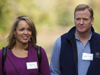 Roger Goodell's wife has been defending him via fake Twitter account