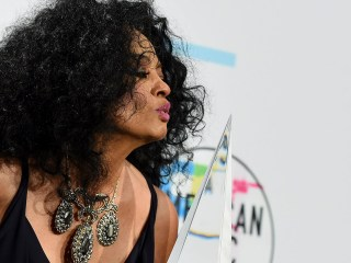 'We love you:' Obamas honor Diana Ross for lifetime achievement at American Music Awards