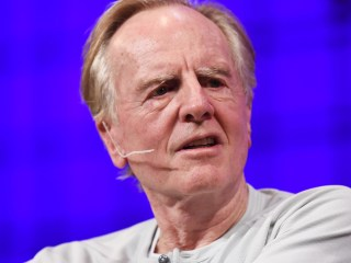 2 Minutes With Former Apple CEO John Sculley