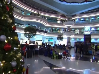 Cheers, applause as power is restored to Atlanta airport