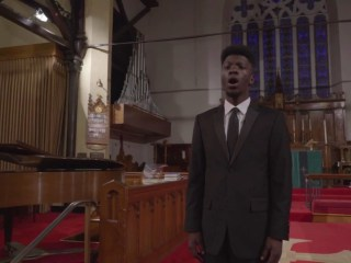 Opera student raises $40,000 in performance for college tuition