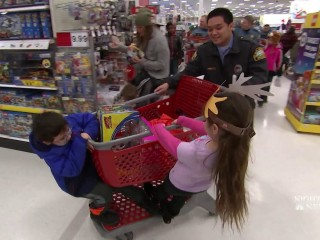 'Shop With Cops' program pairs children and police officers for holiday shopping