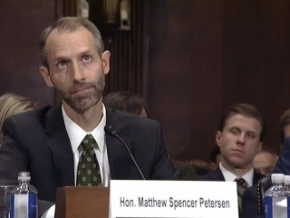 Trump judicial nominee Matthew Petersen struggles answering legal questions