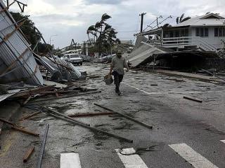 Cyclone pummels Tonga, flattens nation's parliament