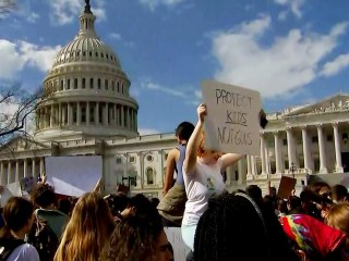 'Enough is enough!' Hundreds of students call for gun control at Capitol
