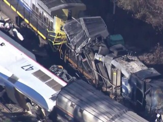 Federal regulators trying to determine cause of South Carolina Amtrak crash