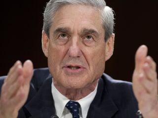 TODAY's headlines: Mueller announces 13 indictments, Trump visits Florida