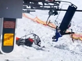 Terrifying ski lift malfunction caught on camera