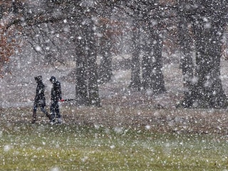 East Coast prepares for yet another pounding of snow as nor'easter descends