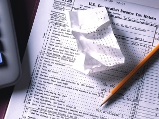 Last-minute tax tips: What you need to know before the April 17 deadline