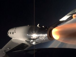 Virgin Galactic's new spacecraft makes first supersonic flight