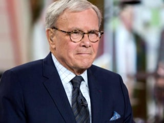 More than 75 female colleagues sign letter of support for NBC's Tom Brokaw