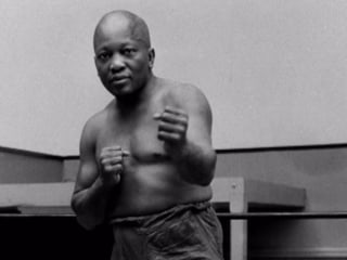 Trump pardons first African-American heavyweight champ Jack Johnson