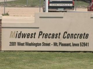 Dozens arrested in Iowa ICE raid