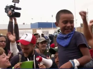 Several migrants traveling with caravan enter U.S. for processing