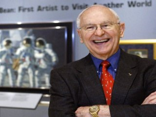 Astronaut Alan Bean, 4th man to walk on the moon, dies at 86