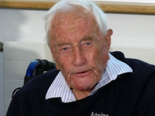 104-year-old scientist David Goodall ends his life at Swiss clinic