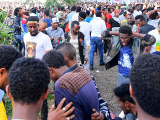 1 dead, dozens injured in blast at Ethiopian PM rally