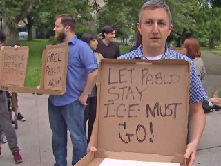 New Yorkers rally for ICE-detained pizza delivery man