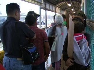 Migrants still fleeing to southern border despite 'zero tolerance' policy
