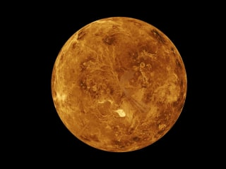 The geographical anomaly that makes Venus' rotation so strange