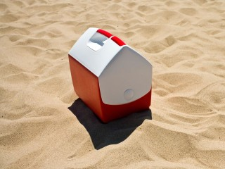 A better way to keep your food cool at the beach