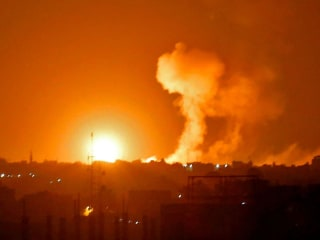 Israel pounds Hamas targets in response to border attack