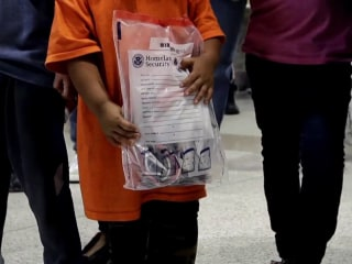 HHS using DNA tests to reunite migrant children separated from parents