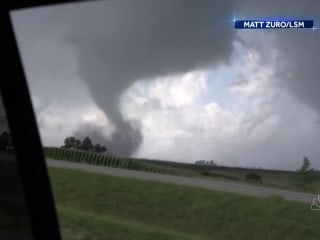 Tornadoes rip through Iowa