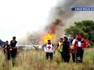 Passenger video captures moment Aeroméxico plane crashed