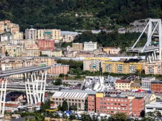 Dozens killed in highway bridge collapse in Genoa, Italy