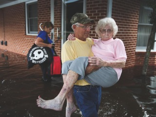 How to protect yourself from dangerous floodwaters