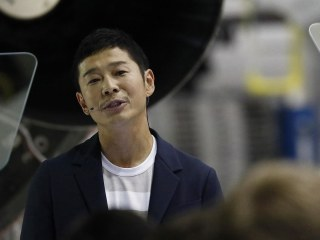 Meet the billionaire fashion tycoon who will ride SpaceX's rocket around the moon