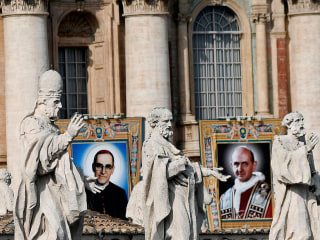 Pope canonizes seven new saints