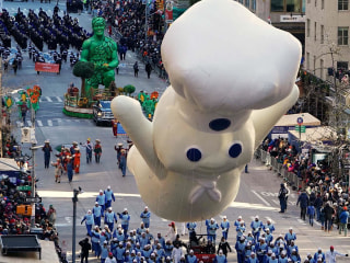 Balloons fly at Macy's Thanksgiving Day Parade despite weather fears