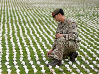 Art installation represents 72,396 missing victims of WWI battle