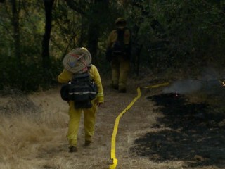 California wildfires: Firefighters, first responders continue heroic efforts